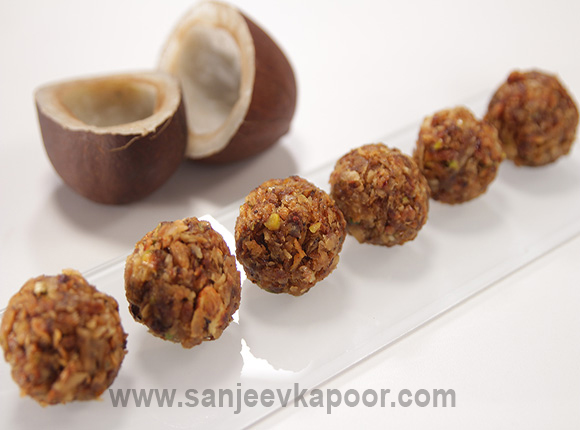 Roasted Coconut Laddoos