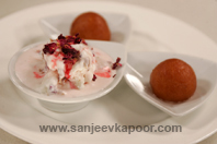 Rose Ice Cream With Gulab Jamun