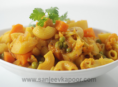 How To Make Sabziwala Pasta Recipe By MasterChef Sanjeev Kapoor