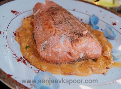 How to make salmon in coconut sauce recipe by masterchef sanjeev kapoor forumfinder Choice Image
