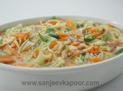 How To Make Shanghai Stewed Noodles Recipe By MasterChef Sanjeev Kapoor