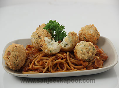 Spaghetti with Cheese Balls