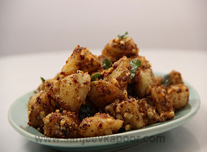 How to make spicy peanut potatoes recipe by masterchef sanjeev kapoor forumfinder Images
