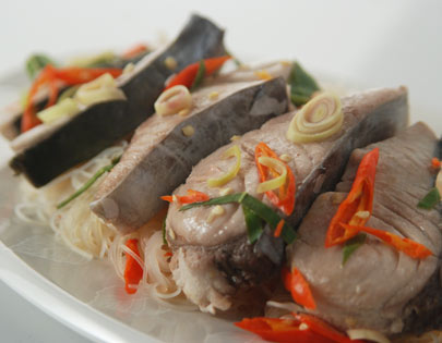 How to make steamed fish with rice noodles recipe by for How to steam fish