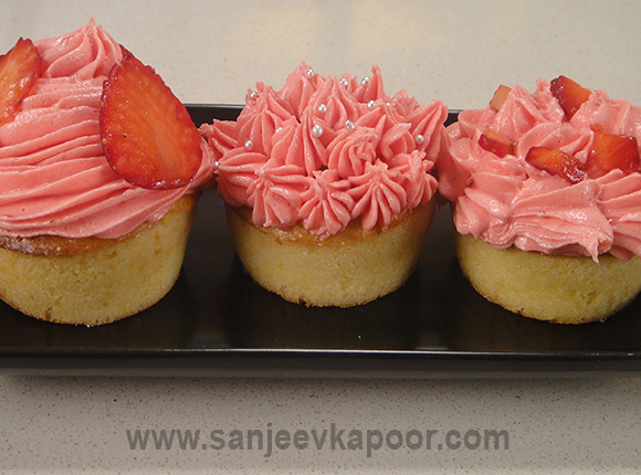 Strawberry Fairy Cakes