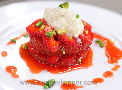 Strawberry Shahi Tukda