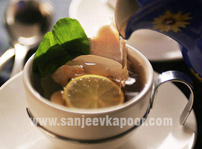 Tea Pot Soup With Oriental Vegetables