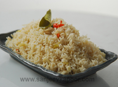 How to make thai fragrant rice recipe by masterchef sanjeev kapoor thai fragrant rice forumfinder Gallery