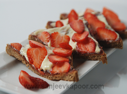 Toast With Honey And Fruits