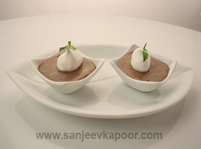 Healthy recipes for kids by master chef sanjeev kapoor triple chocolate mousse forumfinder Images