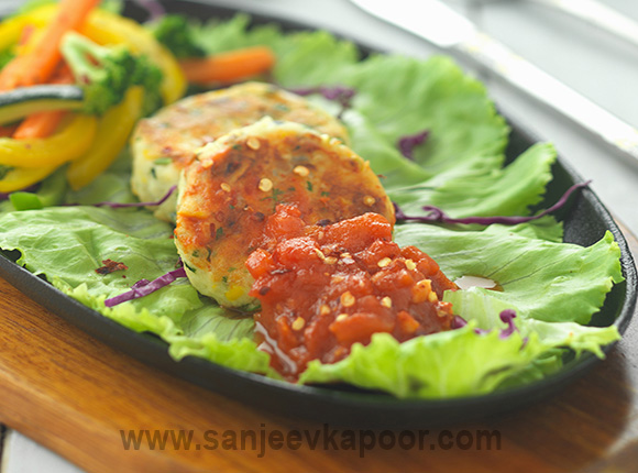 Vegetable Sizzler With Paneer Tikki