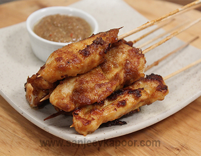 Chicken Satay with Peanut Sauce`