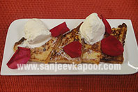 Cinnamon French Toast with Vanilla Icecream