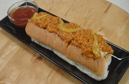 Paneer Chilli Hot Dog