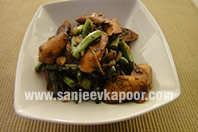 Stir Fried Chicken Sausages with Green Beans